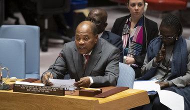 Mohamed Ibn Chambas, Représentant spécial du Secrétaire général et Chef du Bureau des Nations Unies pour l'Afrique de l'Ouest et le Sahel, fait son briefing au Conseil de Sécurité sur la consolidation de la paix en Afrique de l'Ouest et au Sahel. New York - 8 janvier 2020.