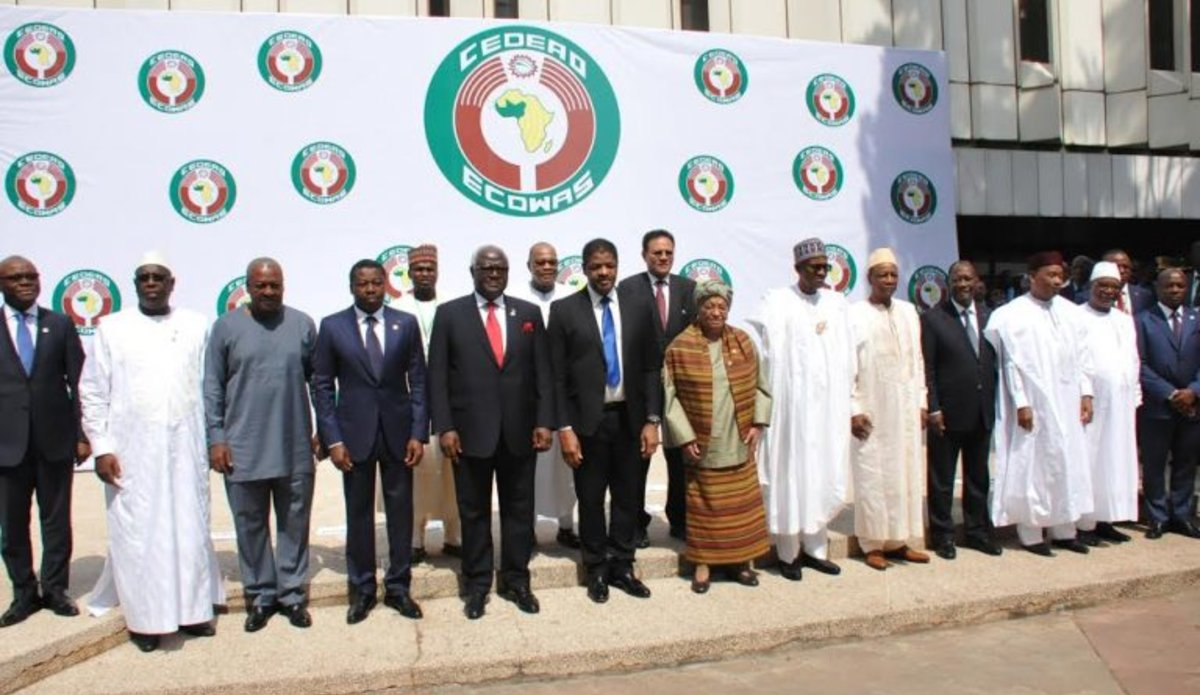 Heads of States and Partners during the 50th ordinary Summit of the ECOWAS. Abuja, 17 December 2016. Photo:DR