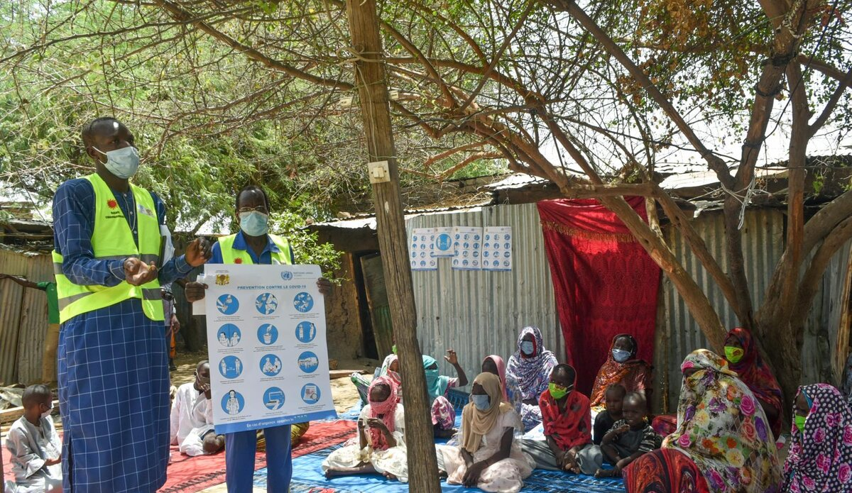 Reaching communities in Chad with COVID-19 safety messages. Photo: Who Africa