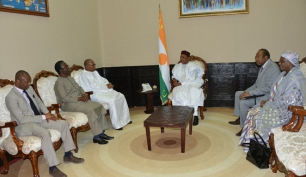 UNOWAS delegation meet with President of Niger, Mr. Mahamadou Issoufou