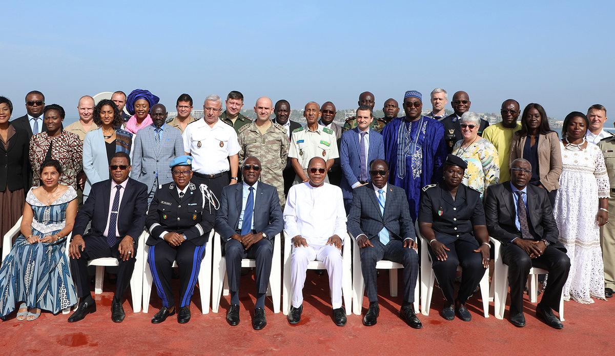 Conférence des attachés de défense sur la prévention et la gestion de la violence intercommunautaire en Afrique de l'Ouest et au Sahel. 24 octobre à Dakar.