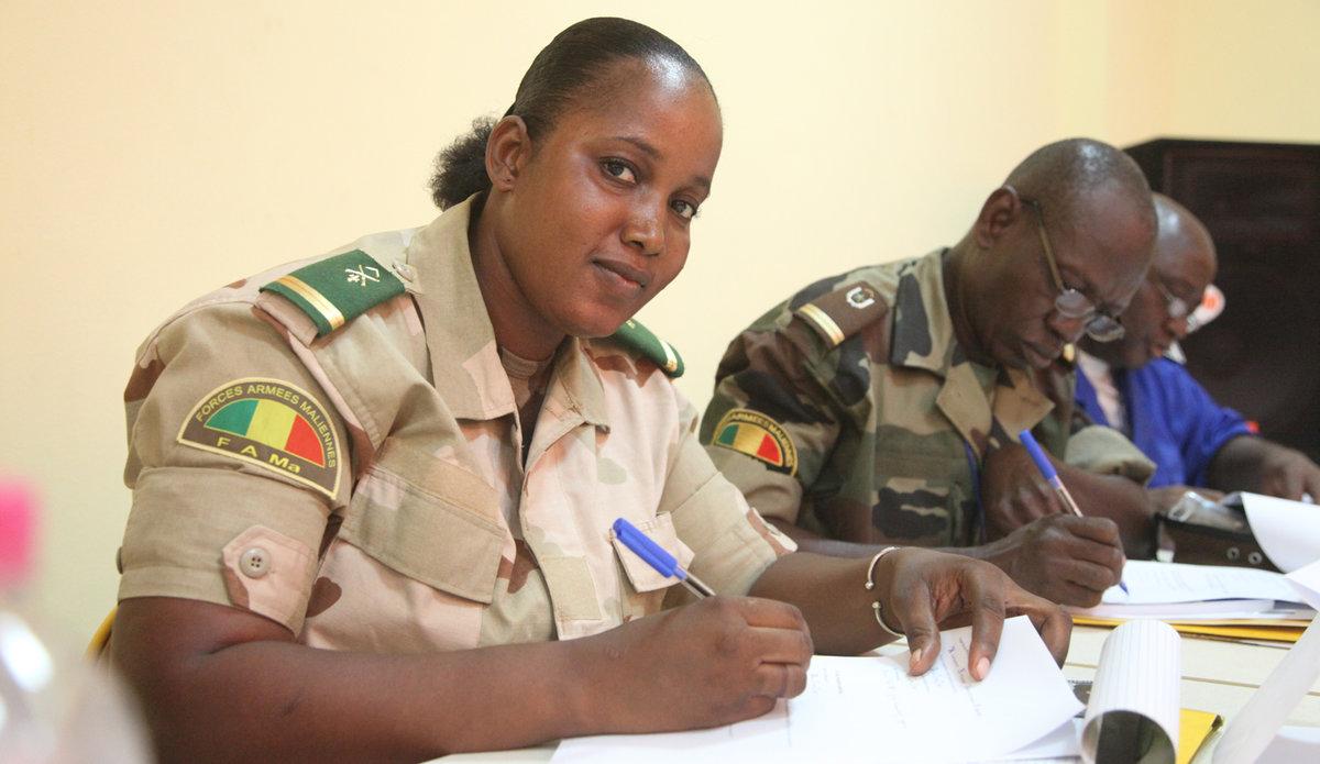 Formation des forces de l'ordre aux principes de la liberté de la presse, la liberté d'expression et la sécurité des journalistes au Mali © UNESCO